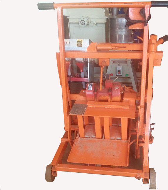 FARM BLOCK MAKING MACHINE